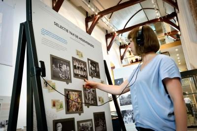 Luister naar verhalen van oud-medewerkers! #FotoburoDeBoer