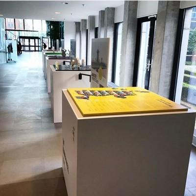 #NoordHollandOpgewekt is verhuisd naar het gemeentehuis van #heerhugowaard! Leer alles over energiewinning, vroeger, nu en later. Een interactieve #tentoonstelling voor @provincienh, @atlasnh en @nharchief Bouw: @lozeeric