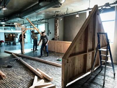In @museumvlaardingen zijn we begonnen met de bouw van familietentoonstelling  #boerenburcht.