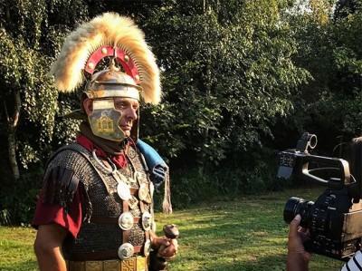 De Romeinen komen! Met een spannende introfilm begint het basisonderwijs bij @rijksmuseumvanoudheden straks hun museumles.